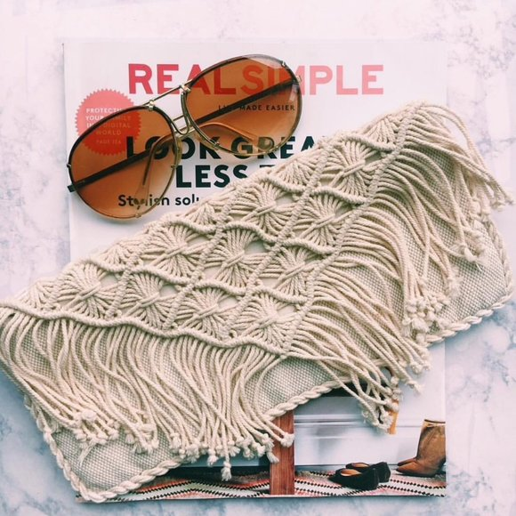 American Eagle Outfitters Handbags - American Eagle Outfitters Macrame Cream Clutch